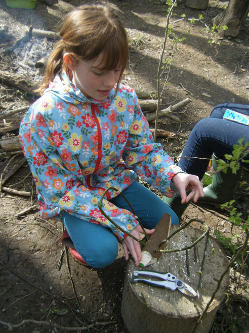 Making a flying bug out of Willow & Hazel